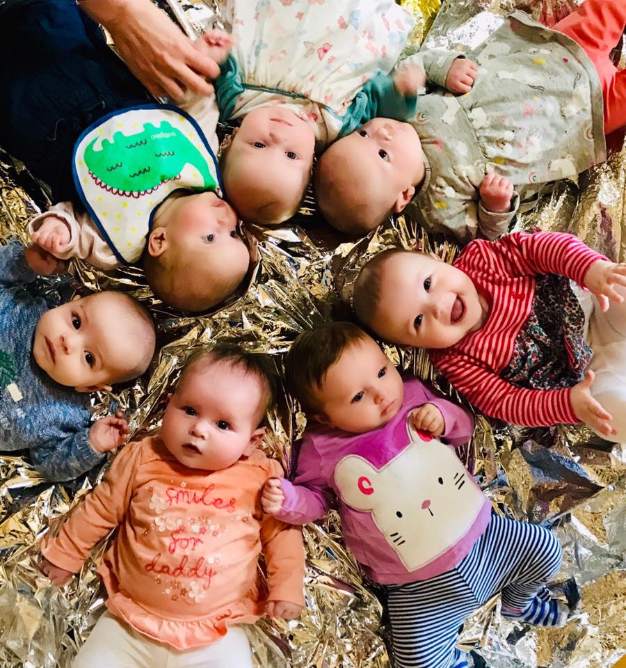 Tots play baby group pic